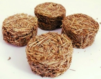 Round Straw Bales - Pack of 2